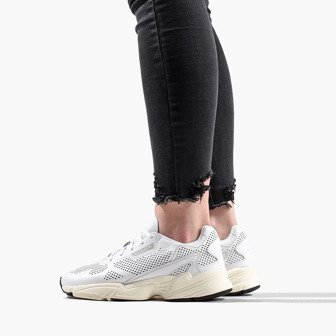 Женские кроссовки adidas Originals Falcon Alluxe W DB3357