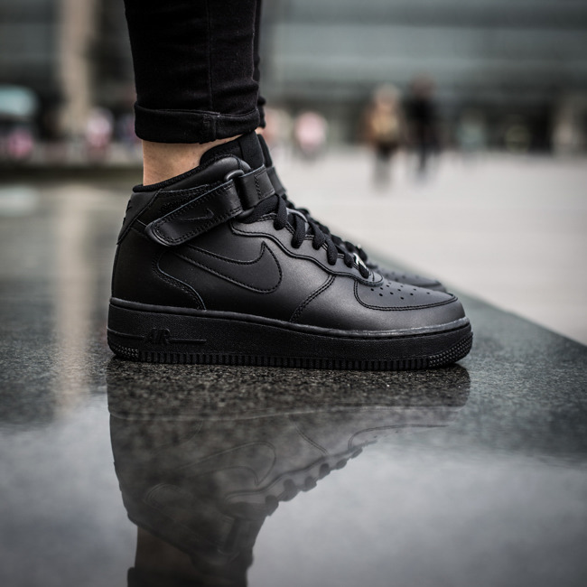 low cost f99ff d0786 ... Женские кроссовки Nike Air Force 1 Mid (GS) 314195 004 ...