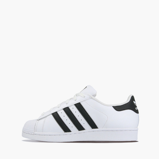 Жіноче взуття Adidas Originals Superstar C77154